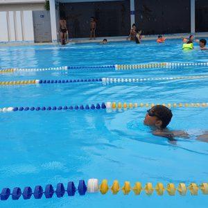Đi bơi…